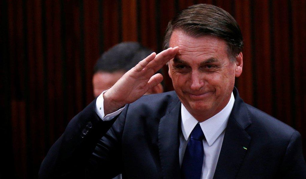 É muito fácil acabar com a democracia no Brasil