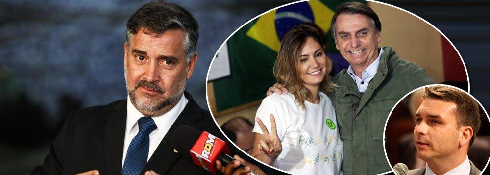 Líder do PT vai à PGR por ação criminal contra filho e mulher de Bolsonaro