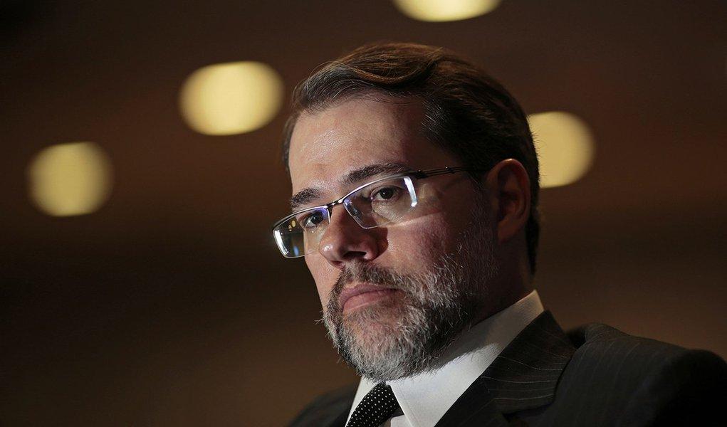 Toffoli escolhe general Ajax Porto Pinheiro para assessor especial