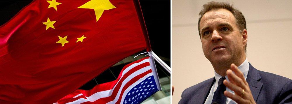 EUA e China estão à beira da guerra fria, diz Niall Ferguson