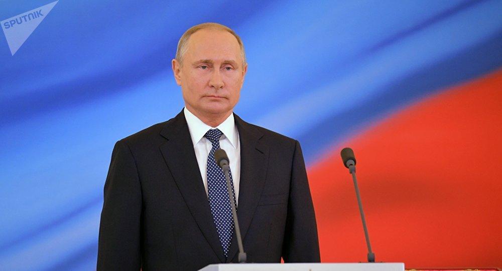 Putin rechaça ultimato e diz que EUA buscam construir novos mísseis nucleares