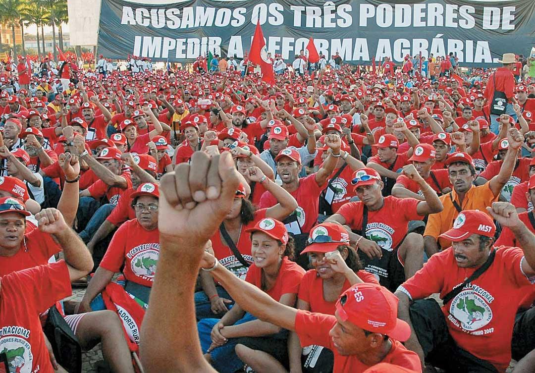 Movimentos temem que até 'like' baste para virarem terroristas no governo Bolsonaro
