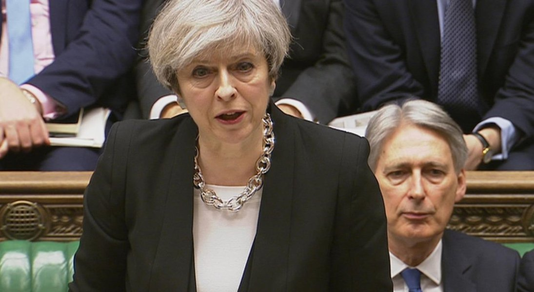 Theresa May sofre revés em início de debate sobre Brexit no Parlamento