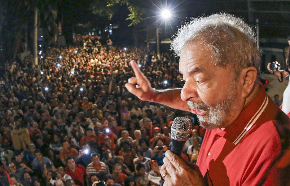 Tijolaço: pela sua história, Lula não deverá aceitar prisão domiciliar
