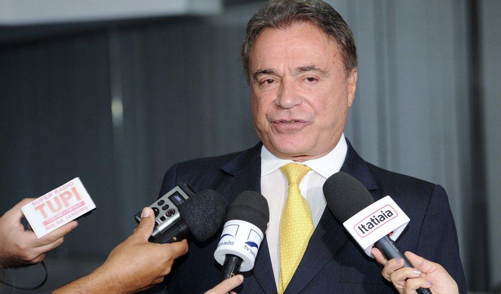 Podemos articula bloco de apoio a Bolsonaro no Senado, diz Álvaro Dias