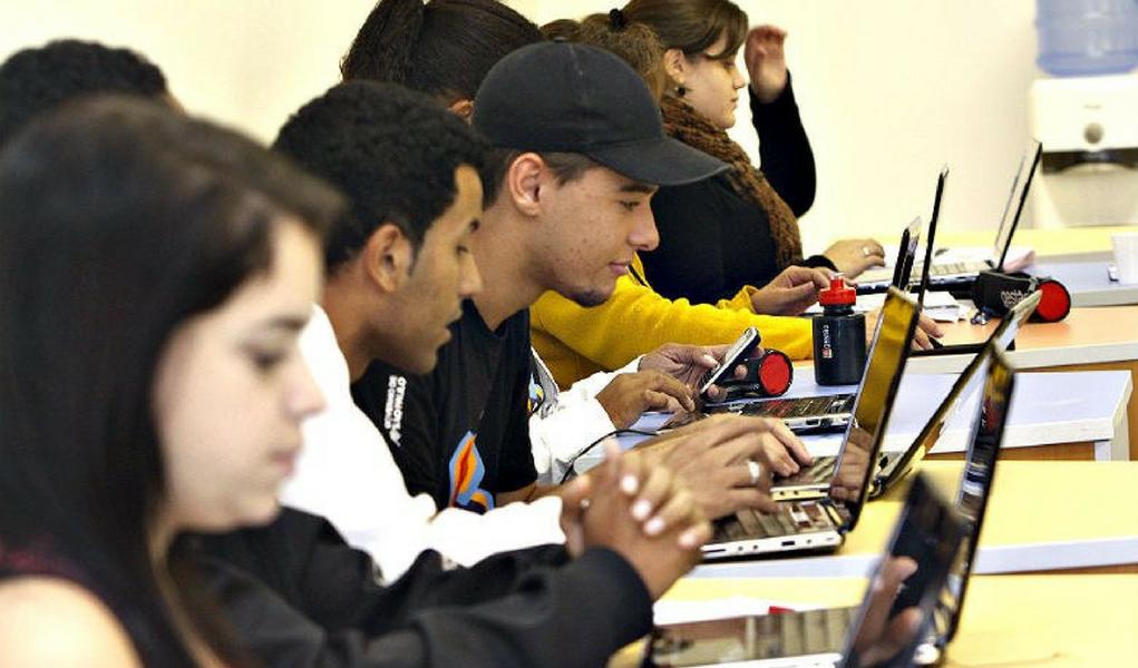 23% dos jovens brasileiros não trabalham e nem estudam, diz Ipea