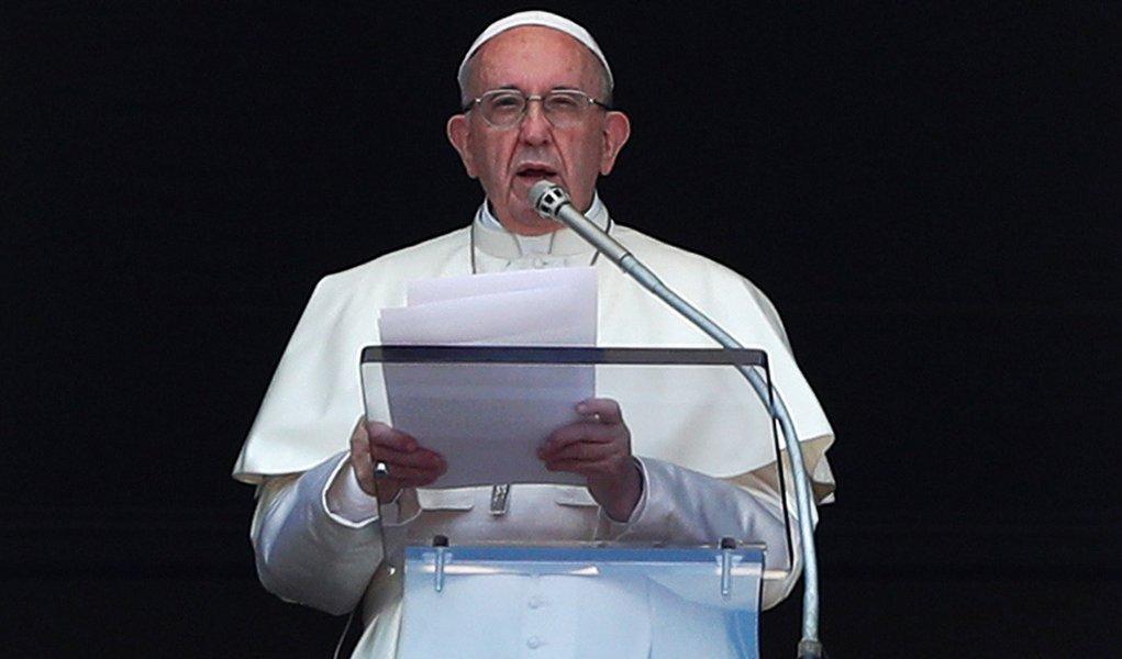 Mino Carta: o maior inimigo de Bolsonaro será o Papa
