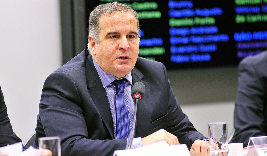 Presidencialismo de coalizão 'não vai acabar', avisa sociólogo