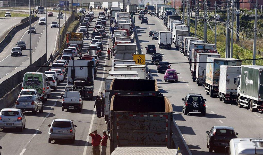 Abcam diz não saber se poderá conter nova greve de caminhoneiros