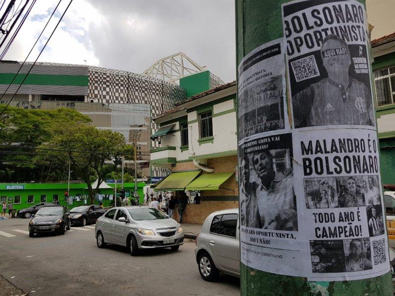 Bolsonaro viaja para ver jogo do Palmeiras e parte da torcida critica presença de eleito