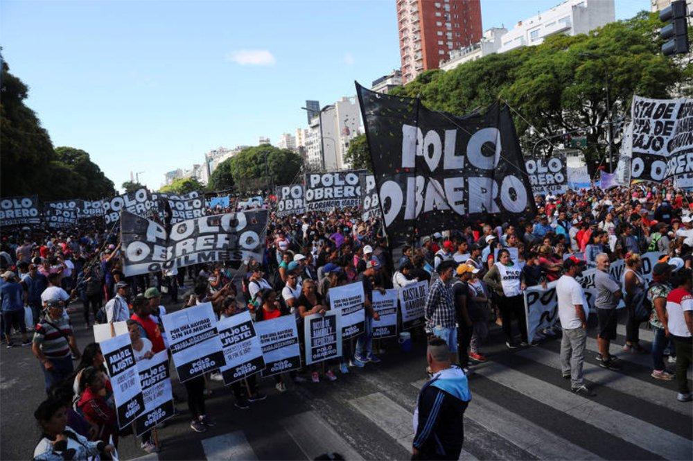 Milhares protestam contra Cúpula do G20 em uma Buenos Aires fortemente policiada