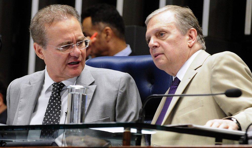 Pré-candidato à presidência do Senado, Renan faz pouco caso de Tasso
