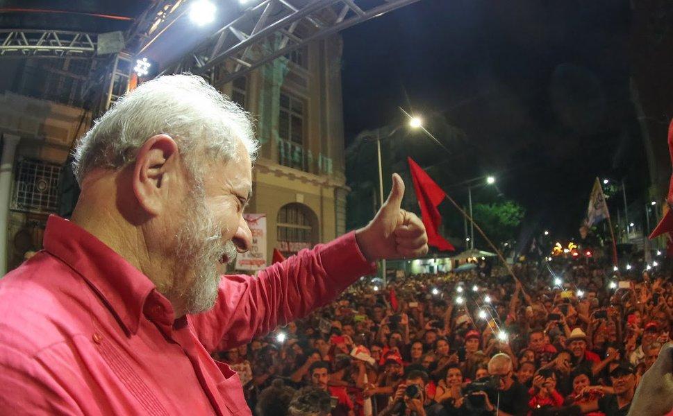 No dia Internacional dos Direitos Humanos, o país pedirá Lula Livre