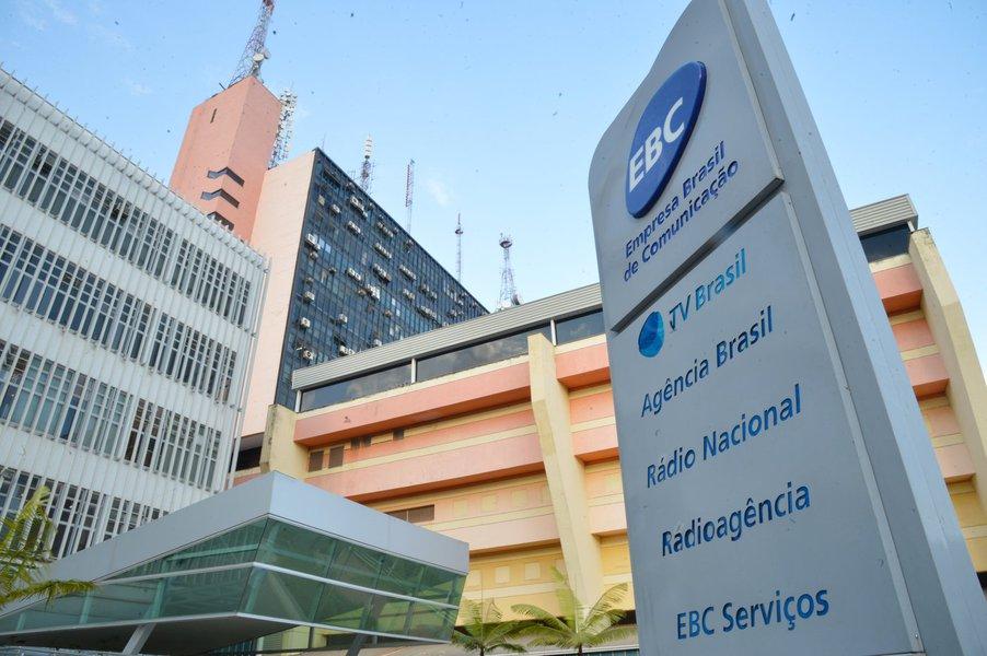 Bolsonaro troca comando da EBC para criar a 'TV Bolsonaro'