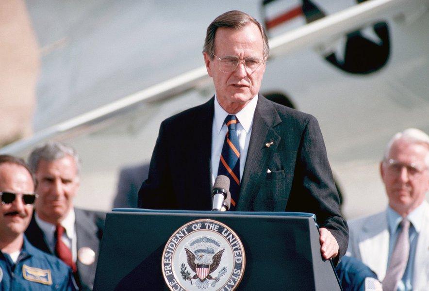EUA decretam um dia em memória de ex-presidente George Bush