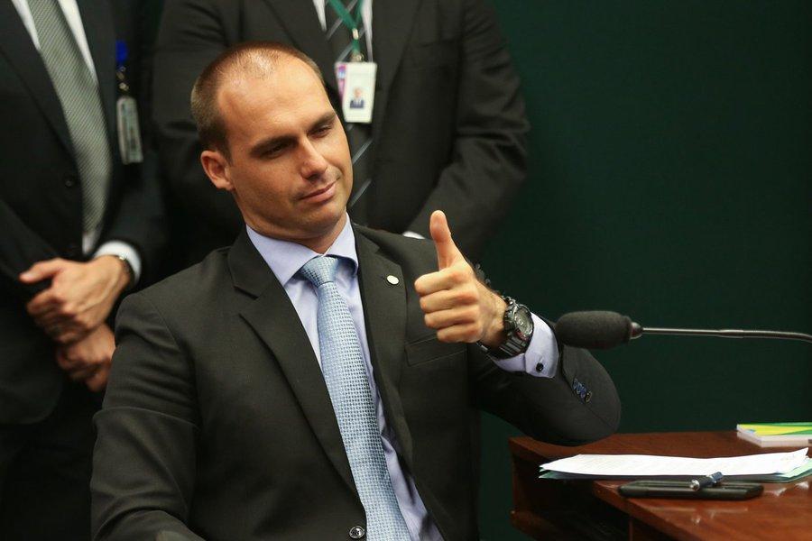 Governo talvez não consiga aprovar reforma, diz Eduardo Bolsonaro