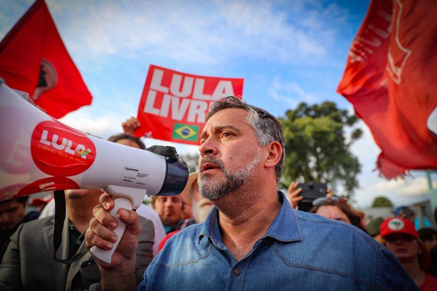 Paulo Pimenta: Thompson, Gebran e Dodge formaram uma quadrilha contra Lula