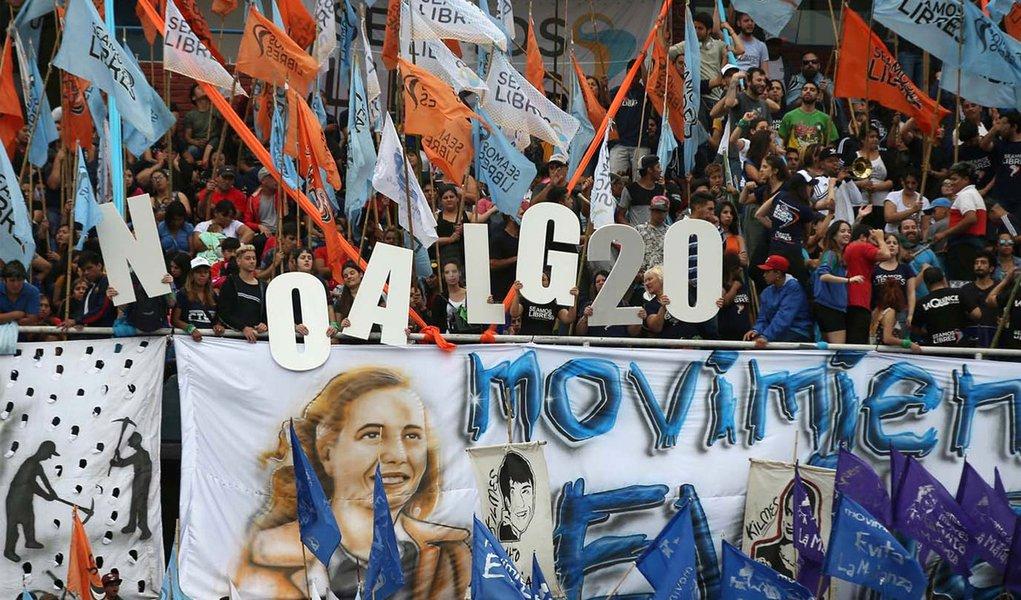 G20: Buenos Aires vive caos entre blindagem militar e protestos sociais