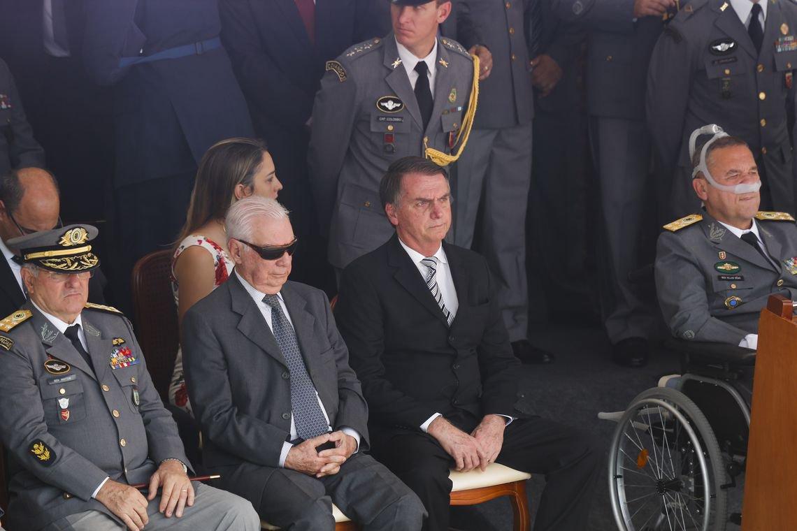 Macabro, Bolsonaro diz que sua morte interessa a muita gente