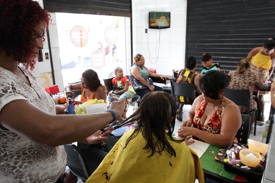 Confiança do setor de serviços sobe em agosto, diz FGV