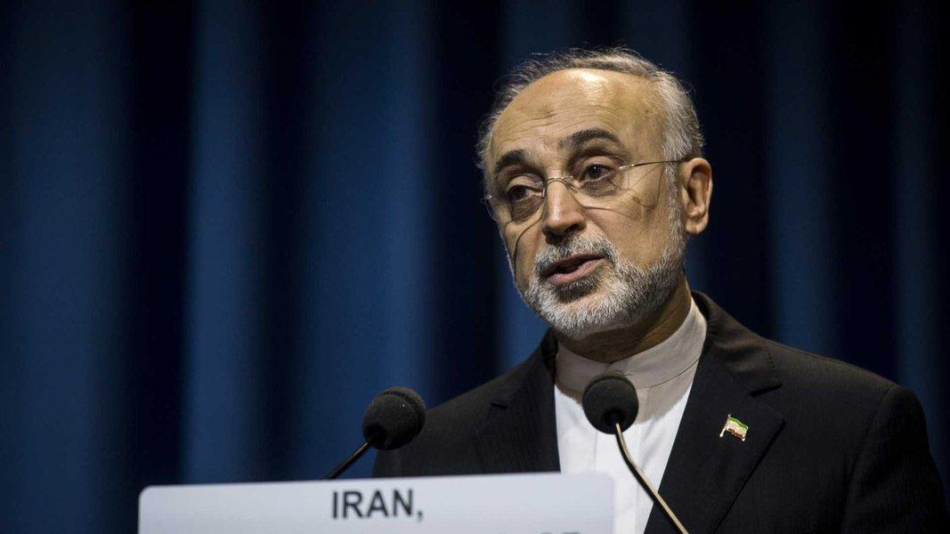 Irã dá sinais de que paciência sobre acordo nuclear está se esgotando
