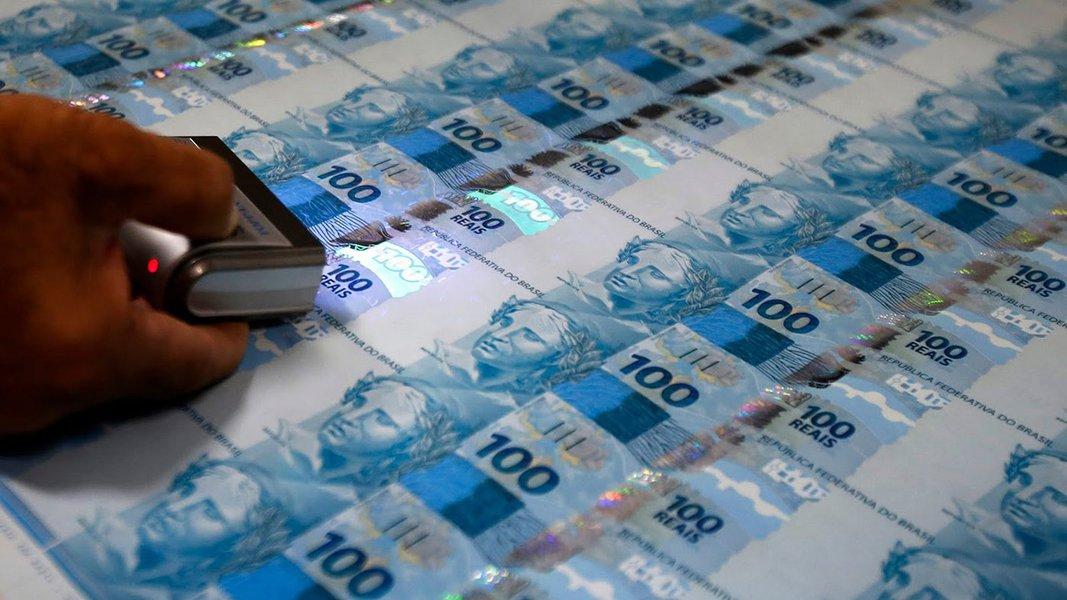 Arrecadação federal sobe 4,12% em outubro e vai a R$ 131,8 bi