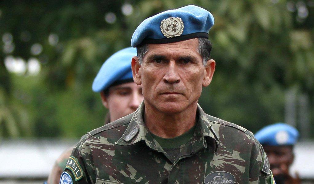General na Secretaria de Governo é como deputado comandar tropa