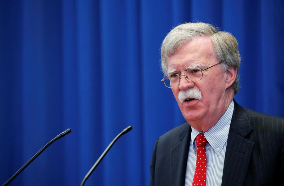 Conselheiro da Casa Branca ameaça Irã com um inferno caso enfrente os EUA