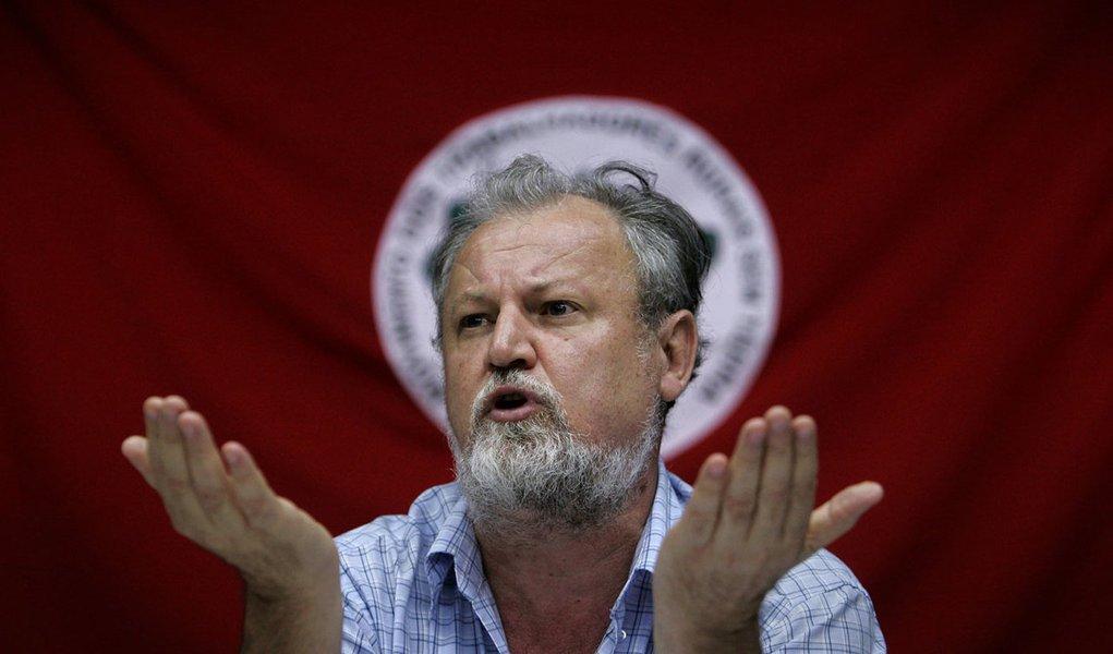 Stédile: PT errou ao não estimular uma educação cidadã para os pobres