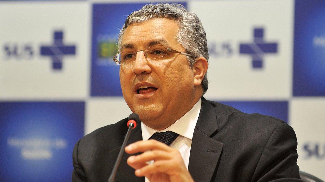 Deputado quer suspender agrotóxicos liberados pelo governo Bolsonaro