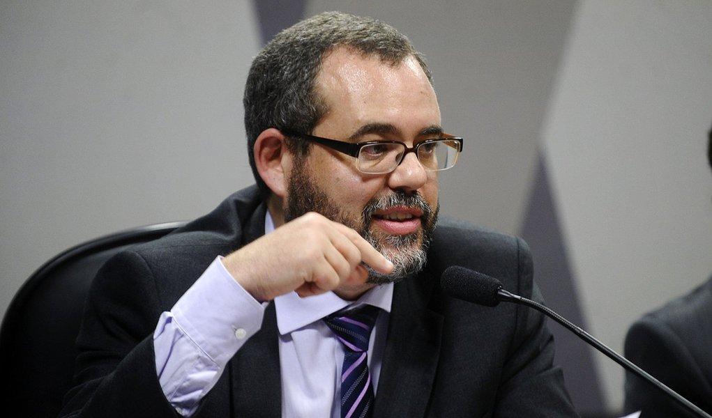 Projeto de lei antiterror cria a figura do terrorista, diz jurista