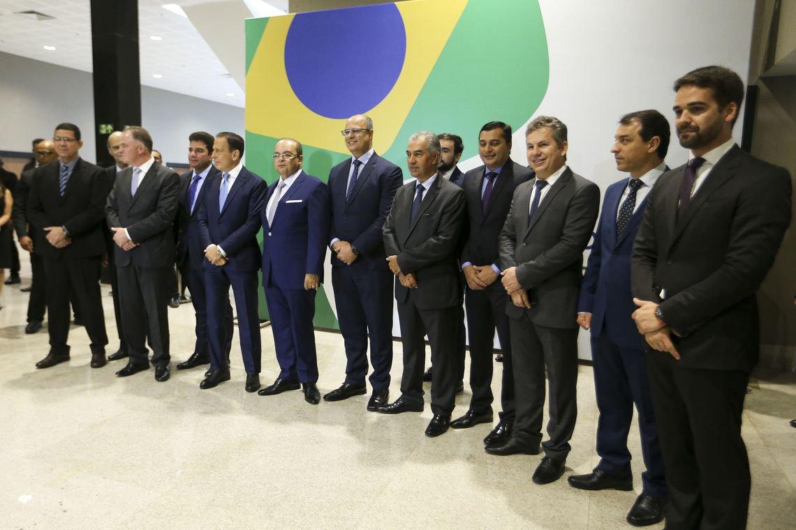 Governadores pedem a Bolsonaro o fim da estabilidade no serviço público