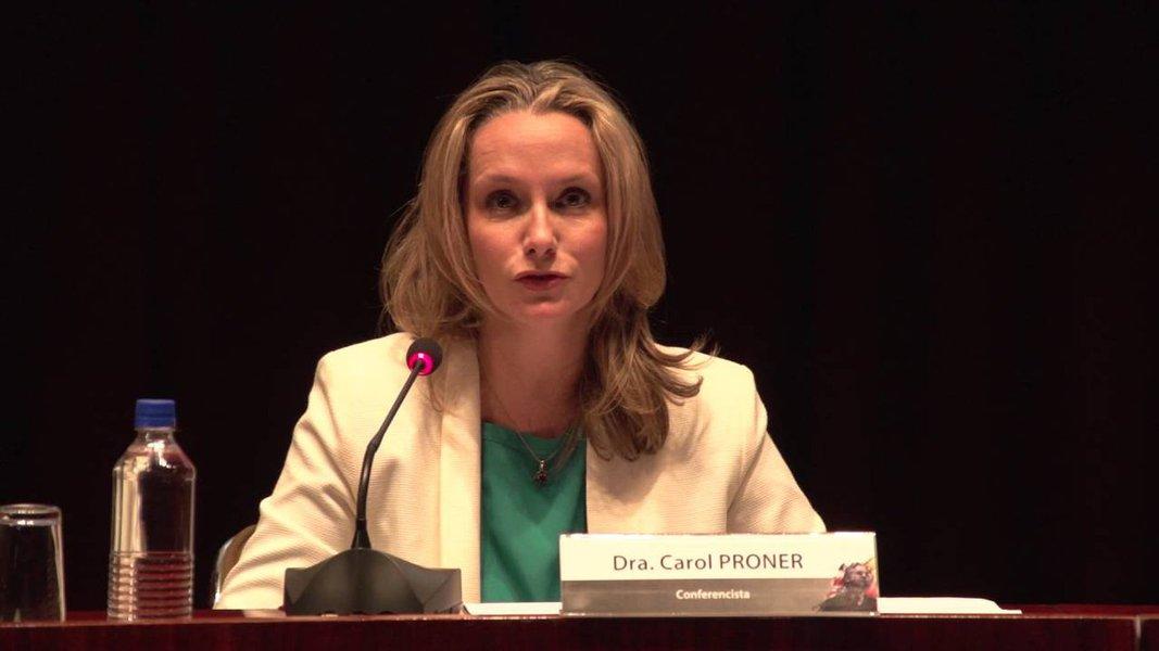 Carol Proner sobre Moro: que juiz é esse?