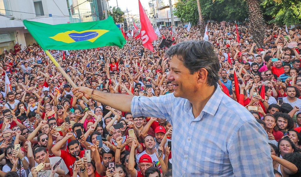 PT retoma com Haddad as caravanas, agora pela liberdade de Lula