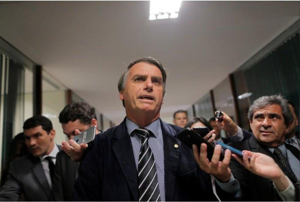 Os 10 mandamentos de Bolsonaro