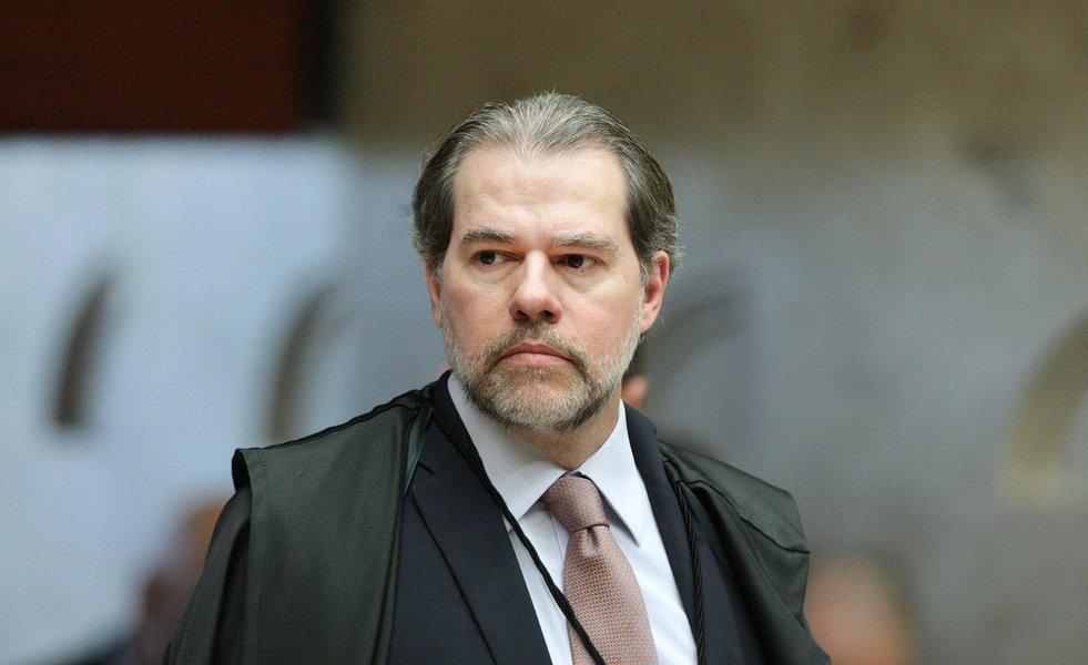 Por falta de provas, Toffoli arquiva inquérito sobre Daniel