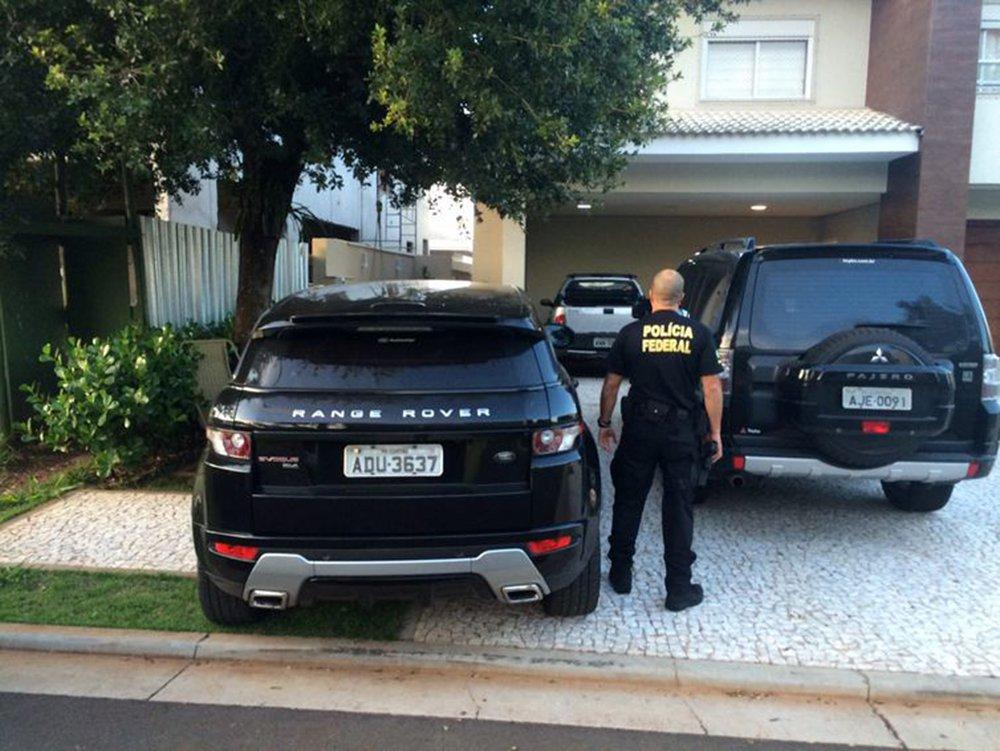 PF faz operação contra fraudes no Porto de Santos