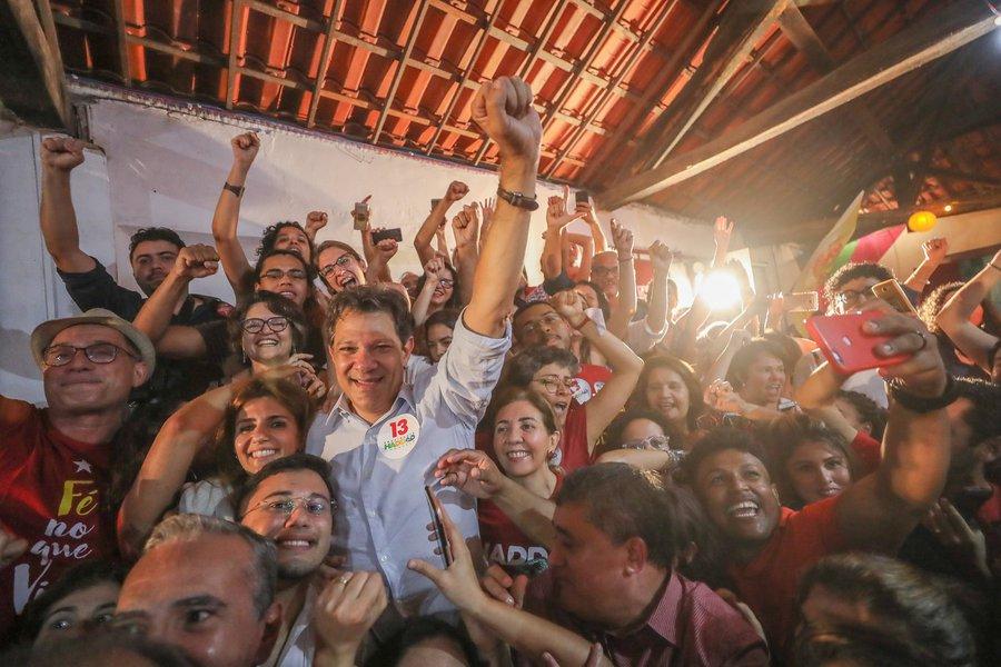 Haddad: vamos virar a eleição e derrotar um trambiqueiro