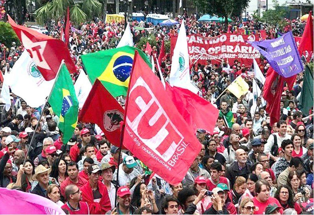 Frentes: 'continuaremos a defender a Constituição e a tolerância'