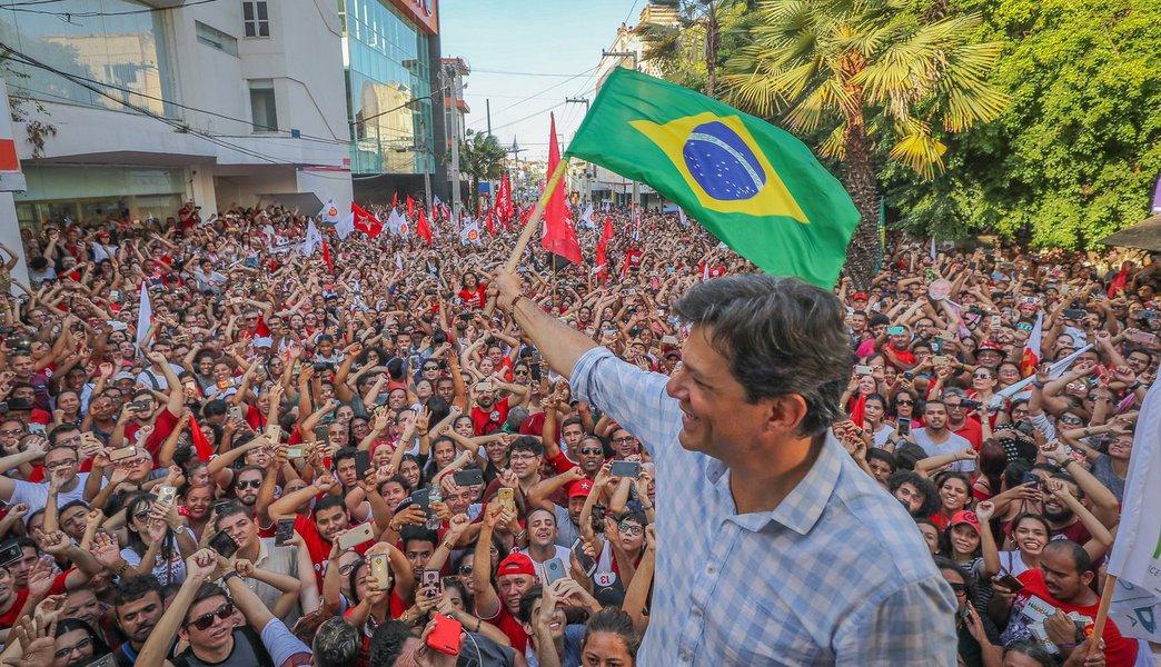 Em eleições marcadas por 'Fake News', Haddad sai fortalecido