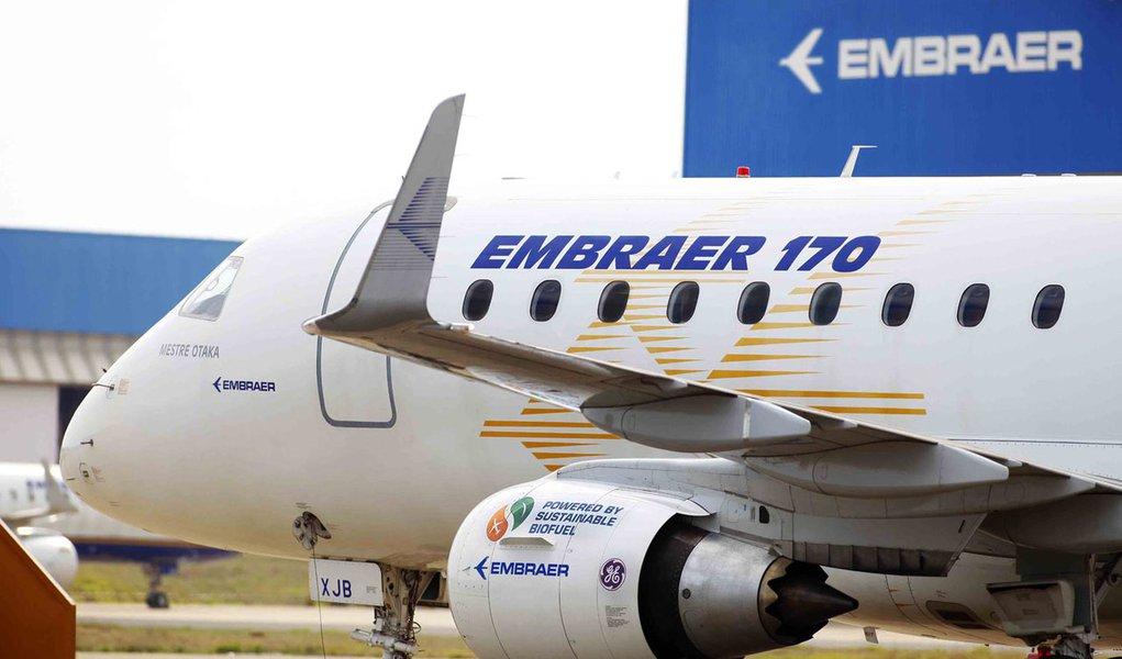 Boeing e Embraer fecham acordo que cria empresa no valor de US$ 5,26 bi