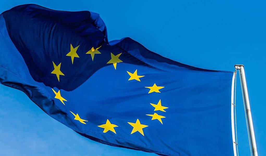 Eleição de Bolsonaro resulta de fadiga democrática, diz representante da UE