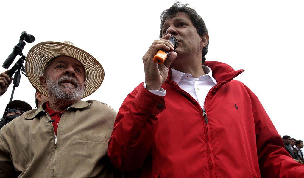 Haddad surge como liderança de primeira linha com aval de Lula