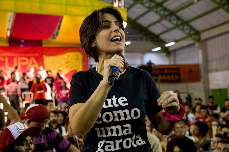 Manuela D'Ávila luta contra exército de bolsominions
