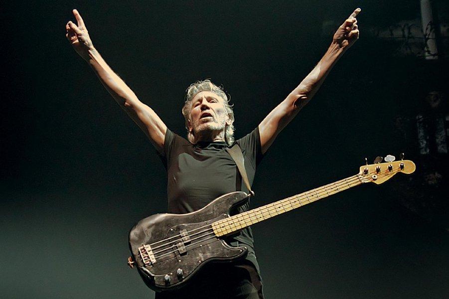 Bolsonaro é corrupto, louco, vingativo e insano, diz ex-líder do Pink Floyd