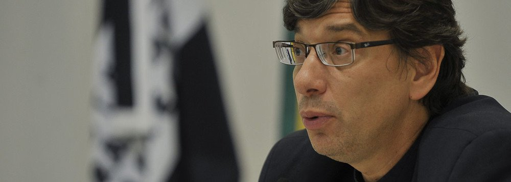 Pochmann lamenta: o Brasil que emerge das urnas aponta para a pauta de ricos e brancos