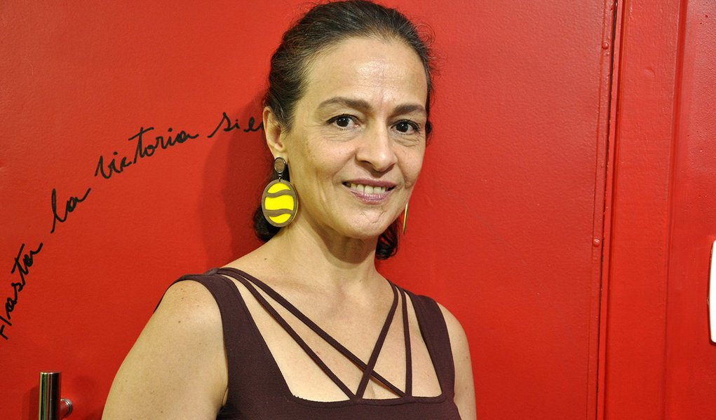 """""""Ataque muito grave à liberdade de expressão"""", diz editora intimidada por bolsonarista"""