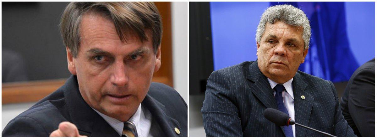 Em aproximação ao DEM, Bolsonaro convida até condenado para governo
