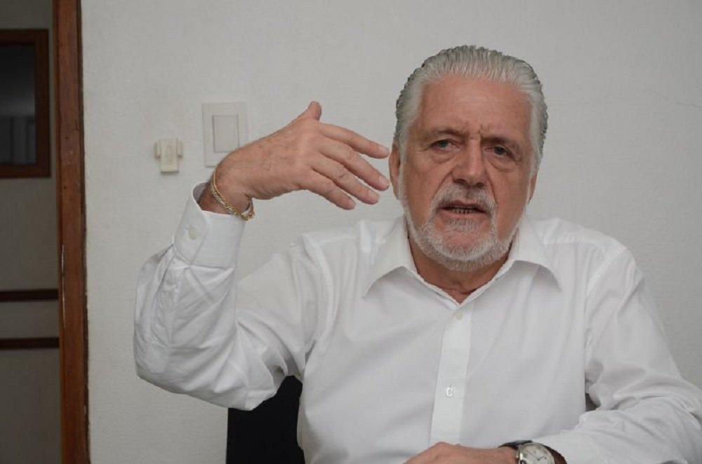 Wagner pede que Ciro declare apoio contundente a Haddad