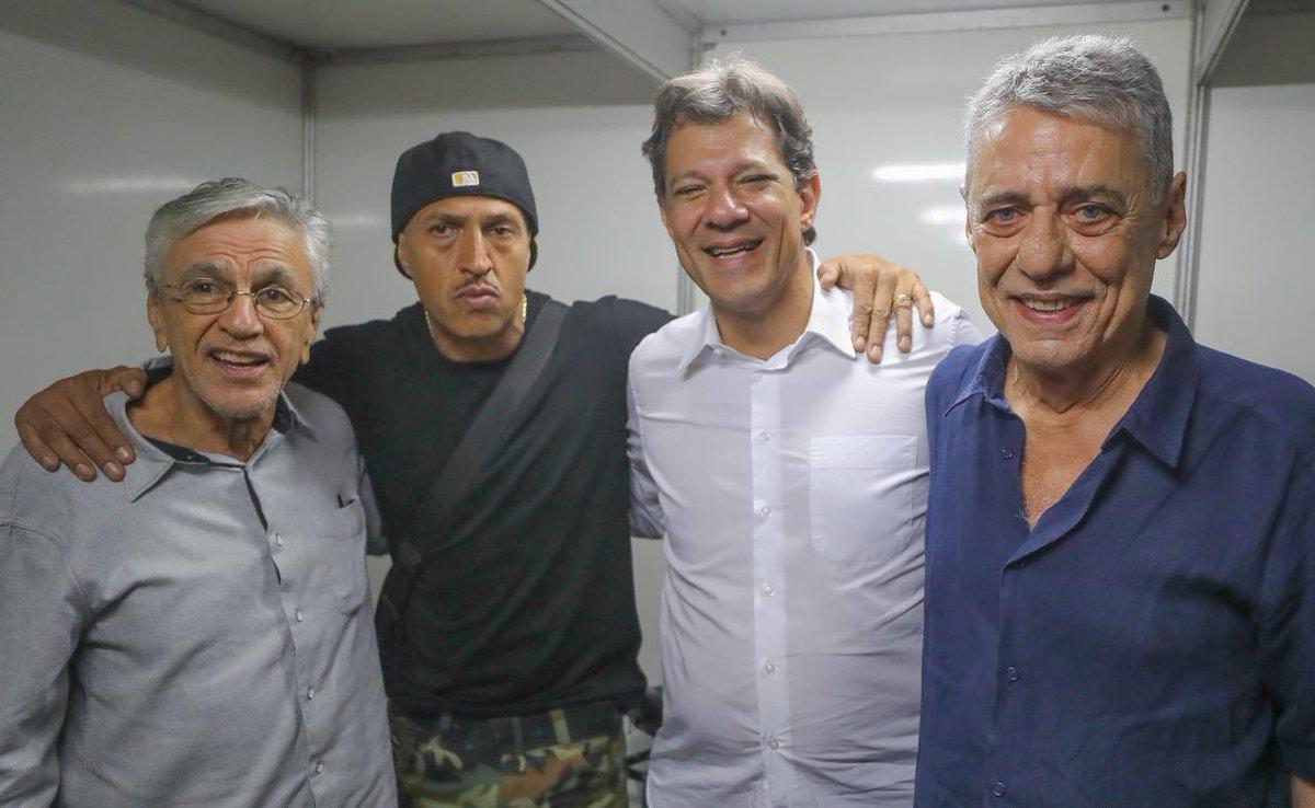 Caetano, Mano e Chico se unem a Haddad pela democracia